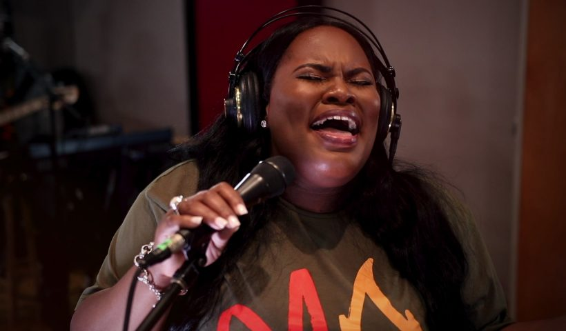 GRACEFULLY BROKEN BY TASHA COBBS MP3 DOWNLOAD