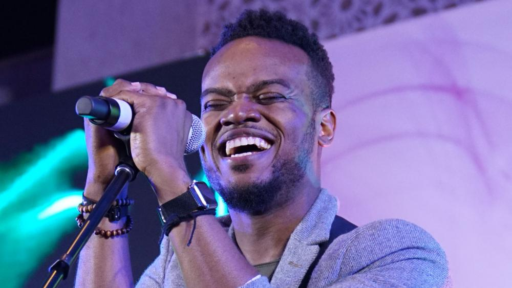 THANK YOU FOR BEING GOD BY TRAVIS GREENE MP4 DOWNLOAD – Christian Music