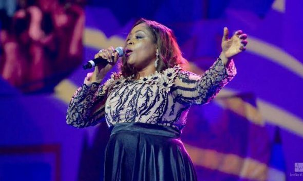 SINACH WE BOW DOWN